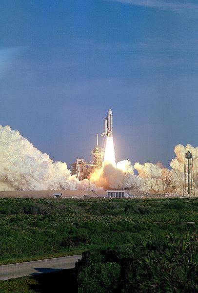 Columbia_Liftoff