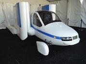 Terrafugia_Transition_Production_Prototype_AirVenture1